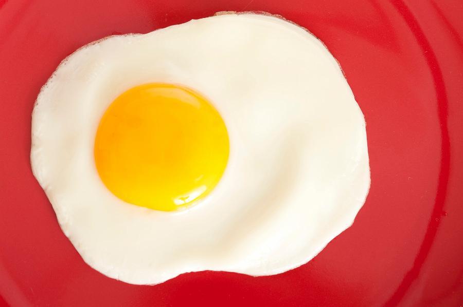 Жареное яйцо